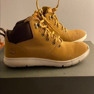 Boy's Timberland sneaker boots